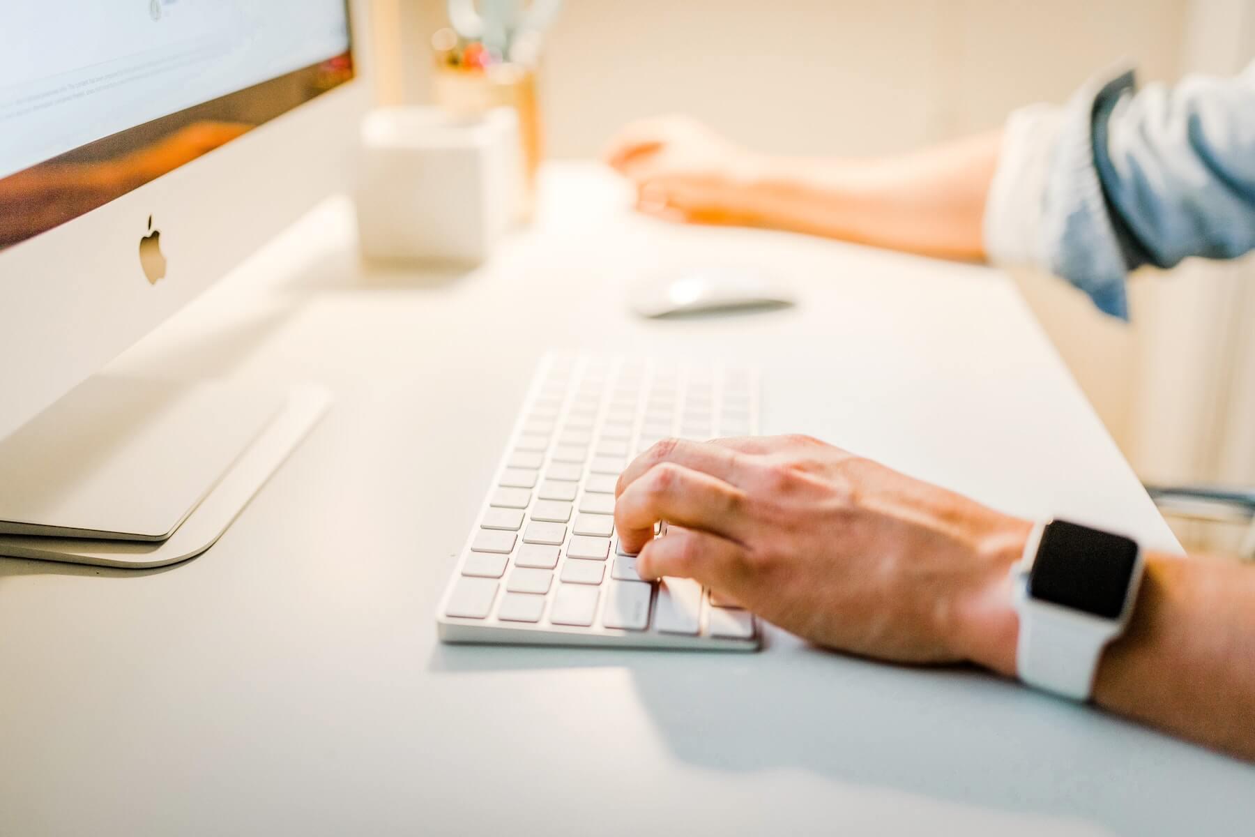 Eenvoudige en korte uitleg waarom jouw bedrijf een nieuwsbrief nodig heeft