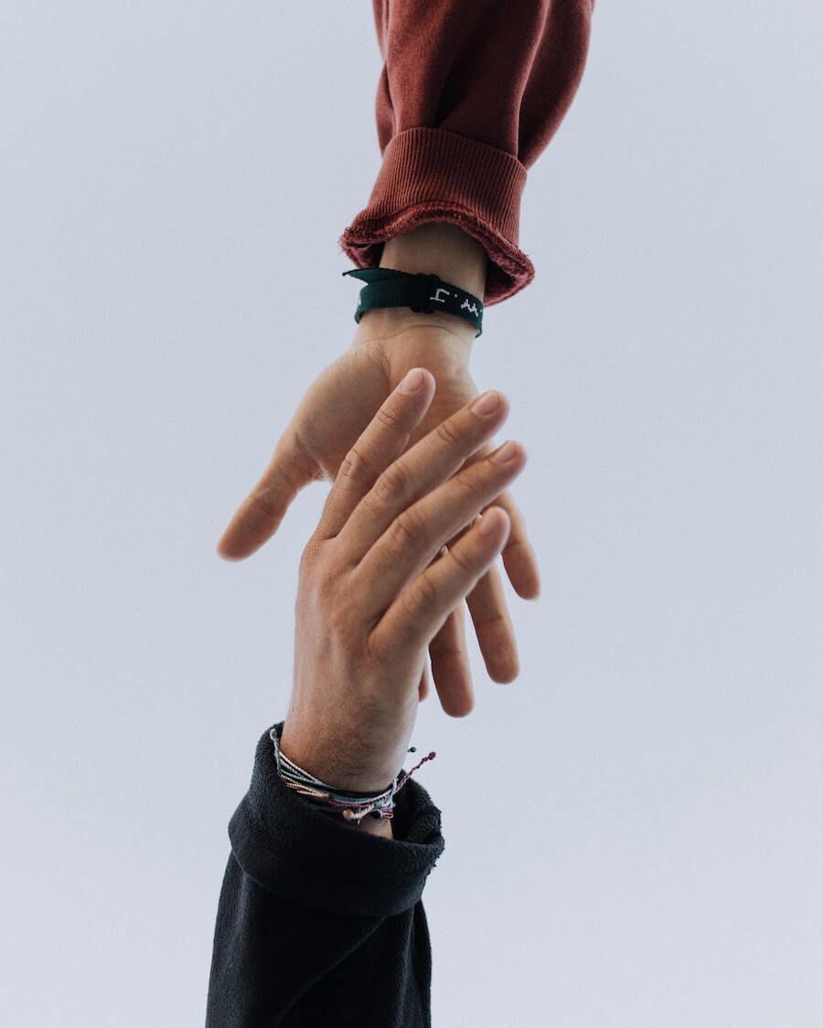 Hoe vind ik de eerste klanten voor mijn agency?
